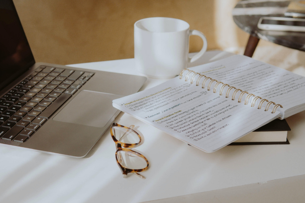 Interstitial Journaling: How To Journal for Productivity